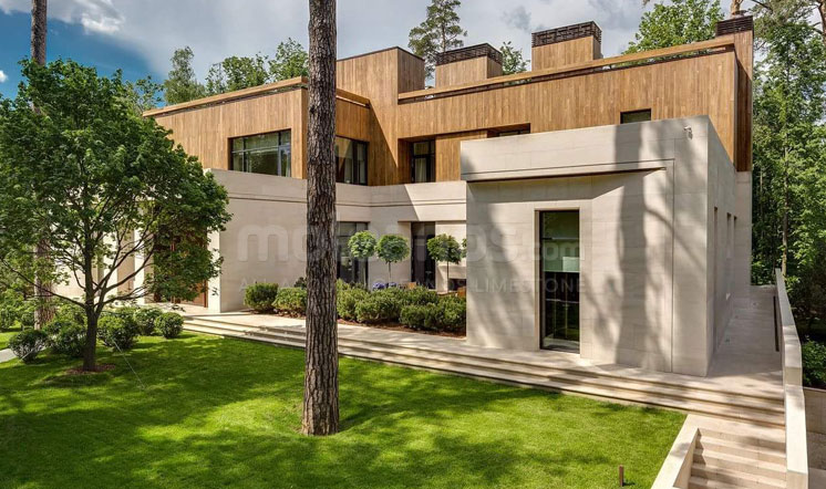 Beige limestone villa - Moscow